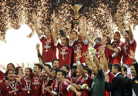 10-11-ac-milan-serie-a-scudetto-winners.jpg