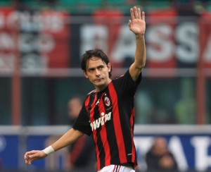 Inzaghi Saluting Milan Fans